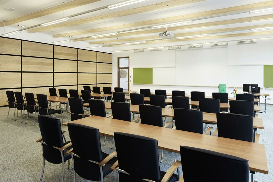 Our conference rooms: For different group sizes and requirements